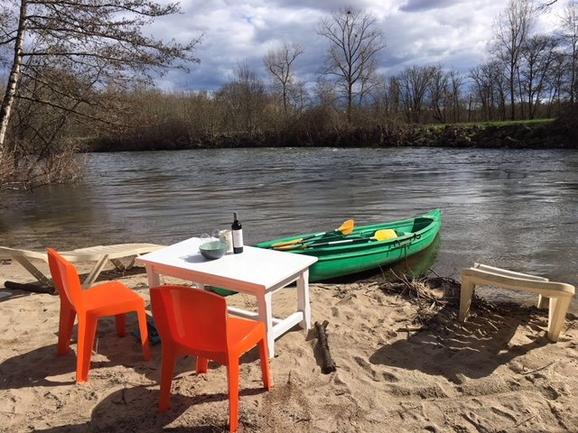 Your own beach on the river Dronne