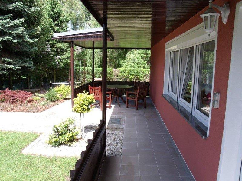 Bungalow am See Aalkasten, location de vacances à Lebus