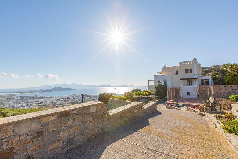 Polykarpos Villa, alquiler vacacional en Ciudad de Naxos