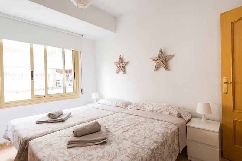 ALICANTE NEW AND BRIGHT APARTMENT PLAZA DE TOROS, casa vacanza a Sant Vicent del Raspeig