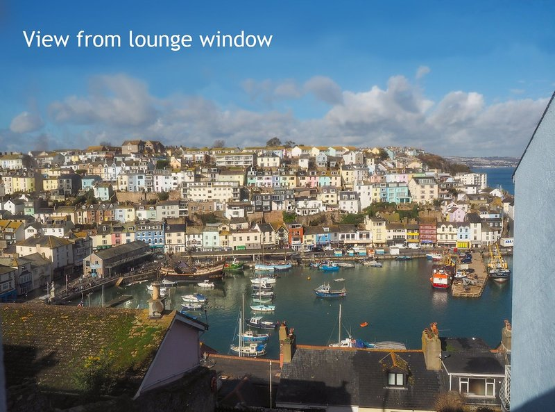 Sea Breeze - Refurbished 2 bed cottage with sea views, wood burning stove, wi-fi, holiday rental in English Riviera