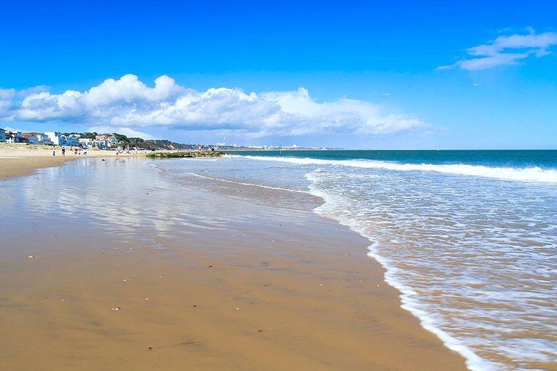 Sandbanks blue flag beach, 1 mins walk away