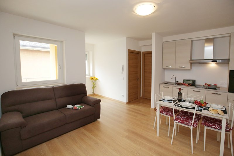 The spacious and bright livingroom