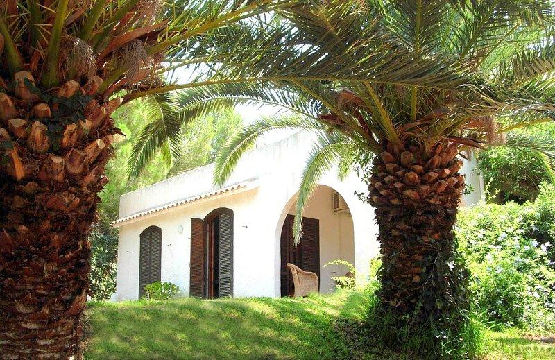 Entrance with garden of Villa Enza.