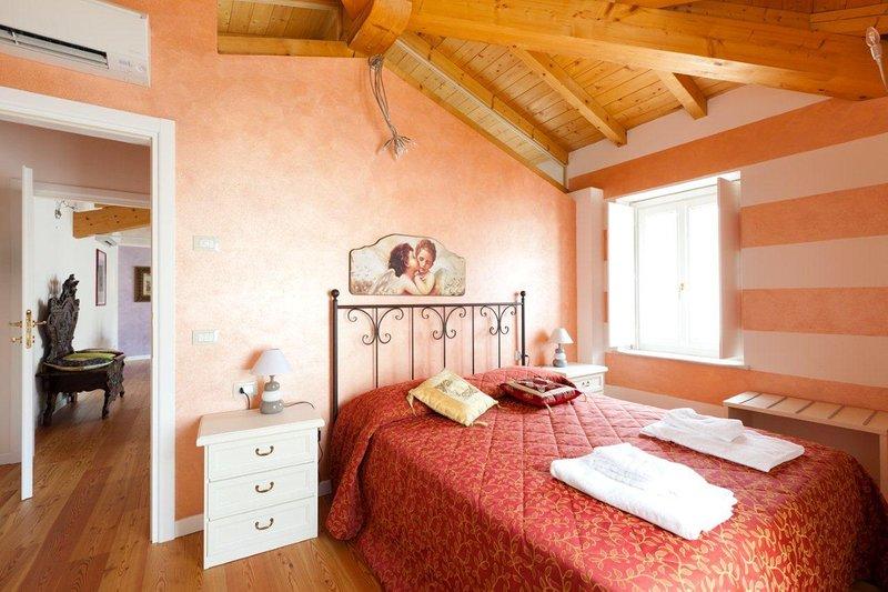 LOFT, location de vacances à San Felice del Benaco