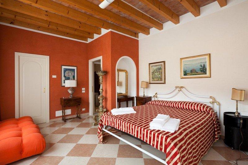 PATIO, location de vacances à San Felice del Benaco