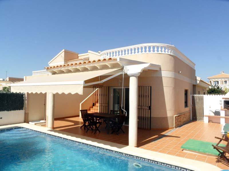 Casa Margarita, 2 bedroom 2 bathroom detached villa with private pool. free wifi, holiday rental in San Juan de los Terreros