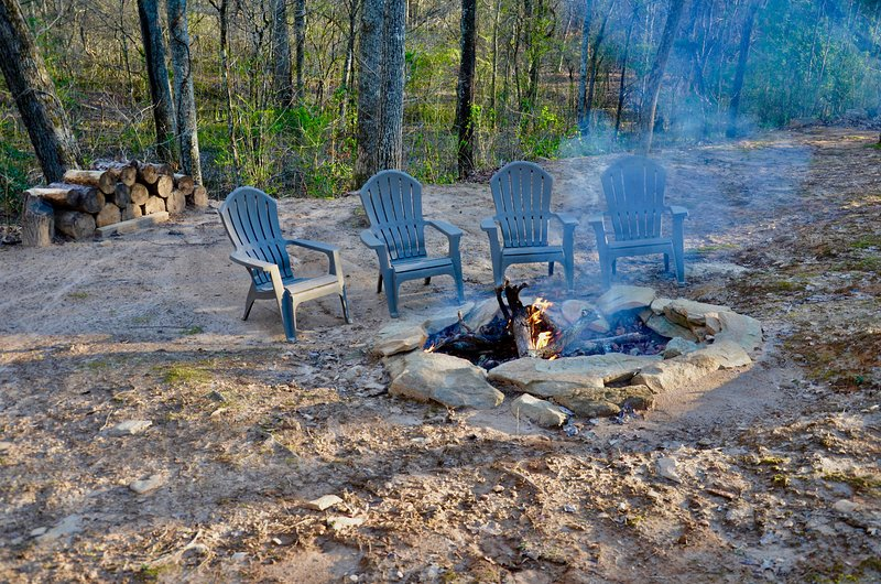Disfrutar de un rato junto al fuego.