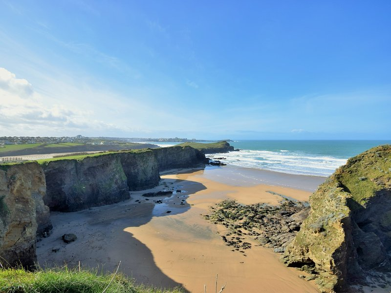 Popular Newquay beaches nearby