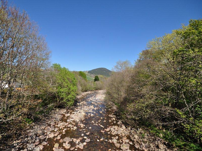 River in de buurt