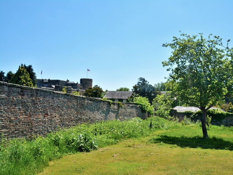 Large walled garden with views to the castle