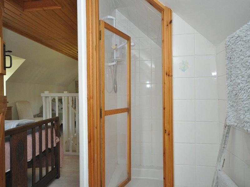 The mezzanine bedroom