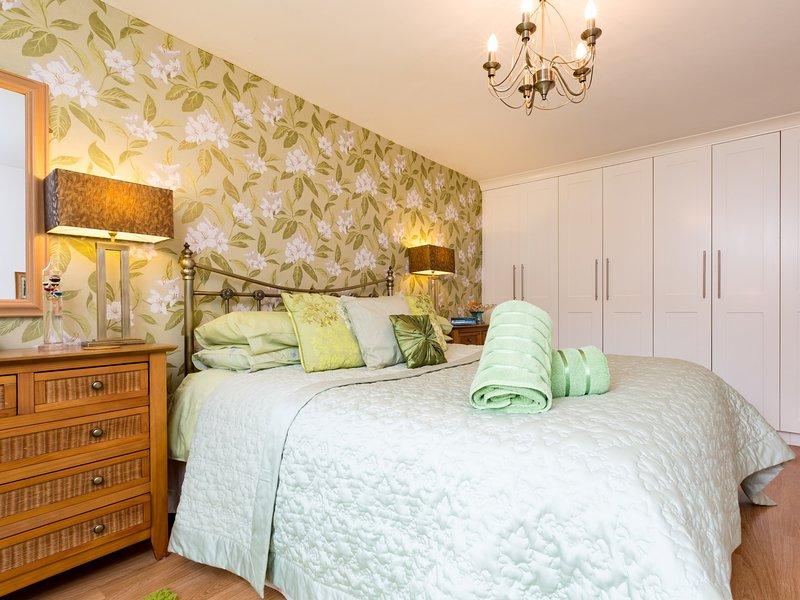 King-size bedroom with tasteful modern decor