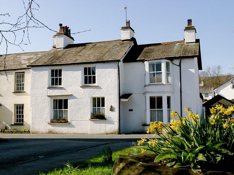 Anwesen befindet sich am Rande des Dorfes