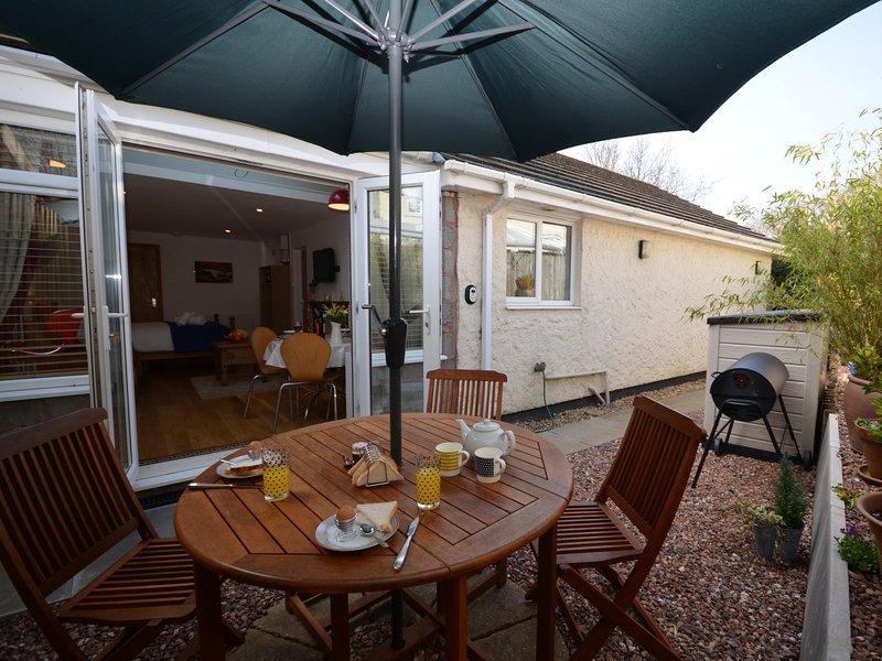 Privater geschlossener Innenhof ein perfekter Ort, um einige Speisen im Freien zu genießen