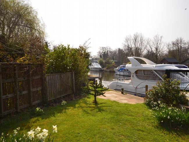 Private mooring and fishing from the garden