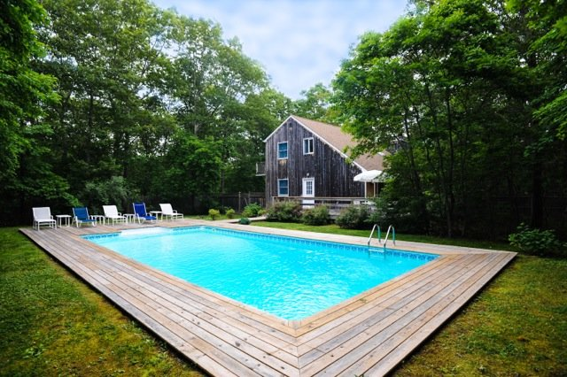 Relax in complete privacy!  Heated swimming pool, propane BBQ grill, and outdoor umbrella table.