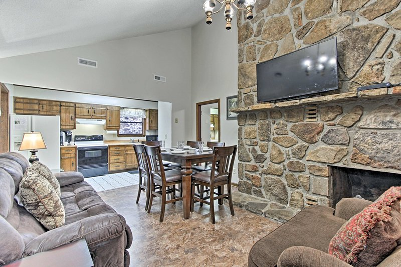 Your group of 16 will enjoy this spacious vacation rental house.