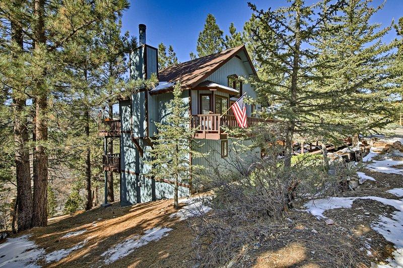 Esta casa serena se encuentra a pocos minutos de Big Bear Lake!