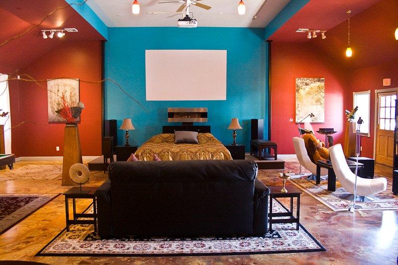 The Art Loft, huge space with 16' ceilings, sauna, pool table luxury bath full kitchen film screen.