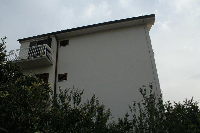 Zablace Apartment Sleeps 5 - 5462574, location de vacances à Zablace