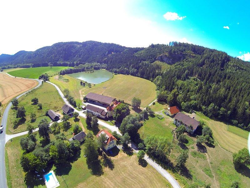 Talhof in Kärnten Der Urlaubsbauernhof für Familien. Angeln und Reiten, viele Streicheltiere. Spiele