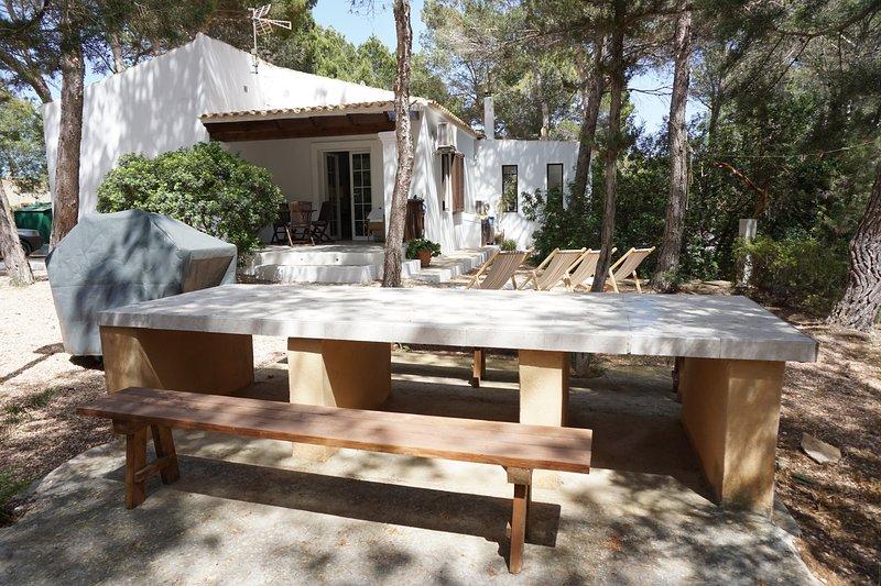 Amazing house near the beach & Wifi, location de vacances à Sant Ferran de ses Roques