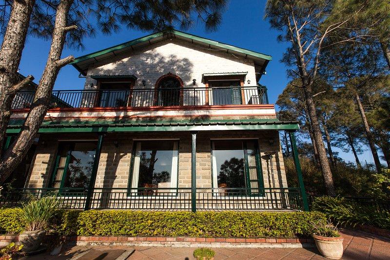 Tripadvisor 2 Luxury Hilltop Holiday Homes In Kasauli W Cook Garden