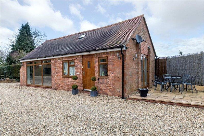 ARDEN WAY COTTAGE Henley in Arden. Rural Bliss nr Stratford upon Avon, Warwick, holiday rental in Shrewley
