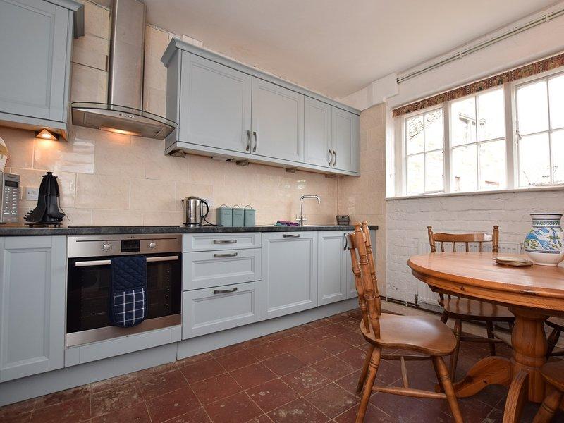 Breakfast kitchen with the original Range