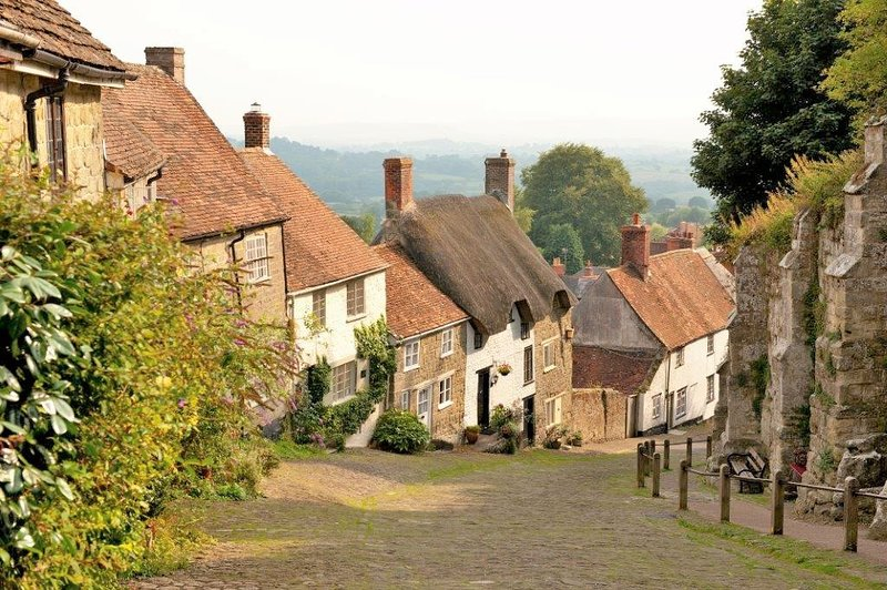 Shaftesbury's famous Gold Hill