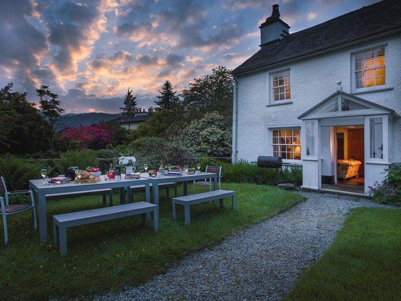 Dine alfresco on a beautiful summer evening