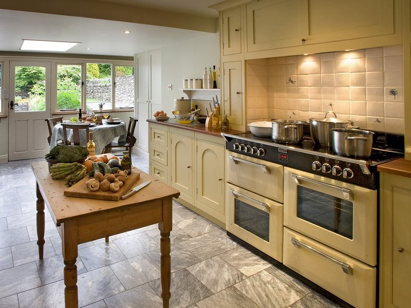 A large kitchen,perfect for feeding the whole family