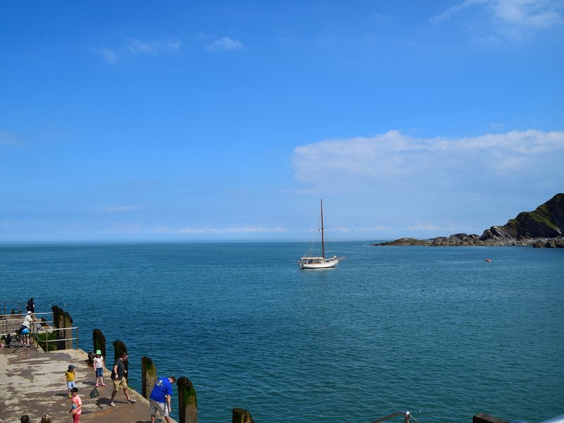 Views from Ilfracombe harbour from the pier