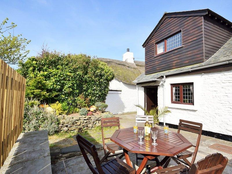 Guarda sul retro del cottage dal patio