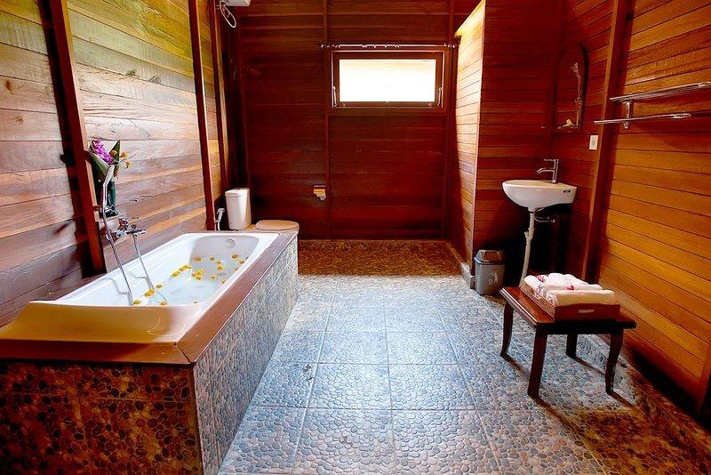 Tranquil,Comfort,Luxury Villas / Bedroom #2, holiday rental in Sidemen