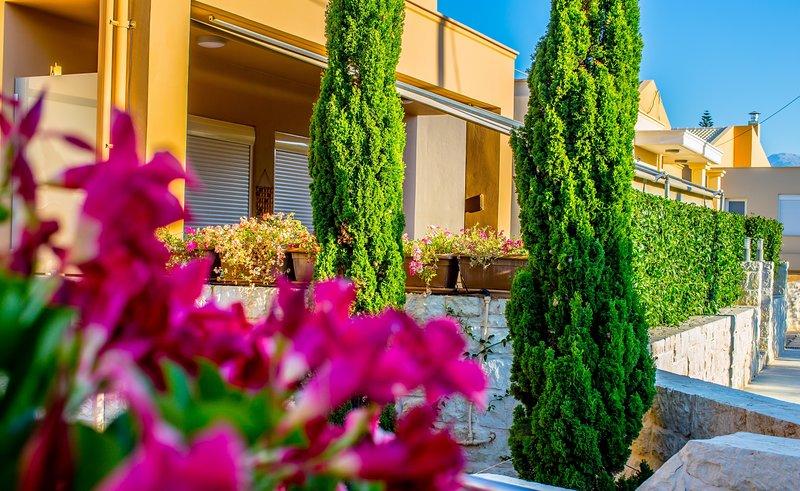 Villa Galactika, holiday rental in Theriso