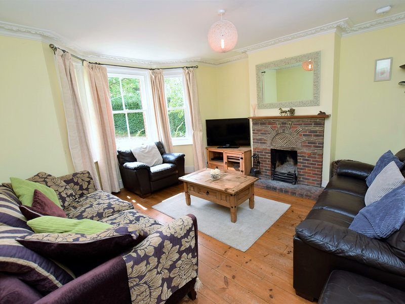 Cosy lounge for family time