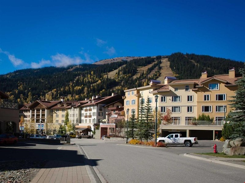 Loads of fun activities in the sun or snow. Sun Peaks is your vacation destination year round!