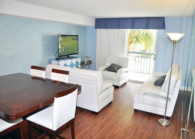Luxury 4 Bedroom First Floor Ocean View Condo At Kiingston