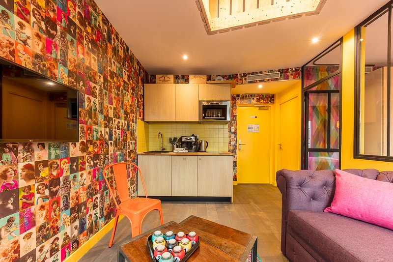 Be Chouette be you apartment 'la chouette' has air conditioning and central