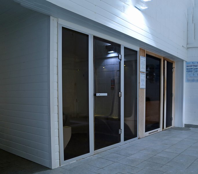 Steamroom/sauna in leisure centre - access included