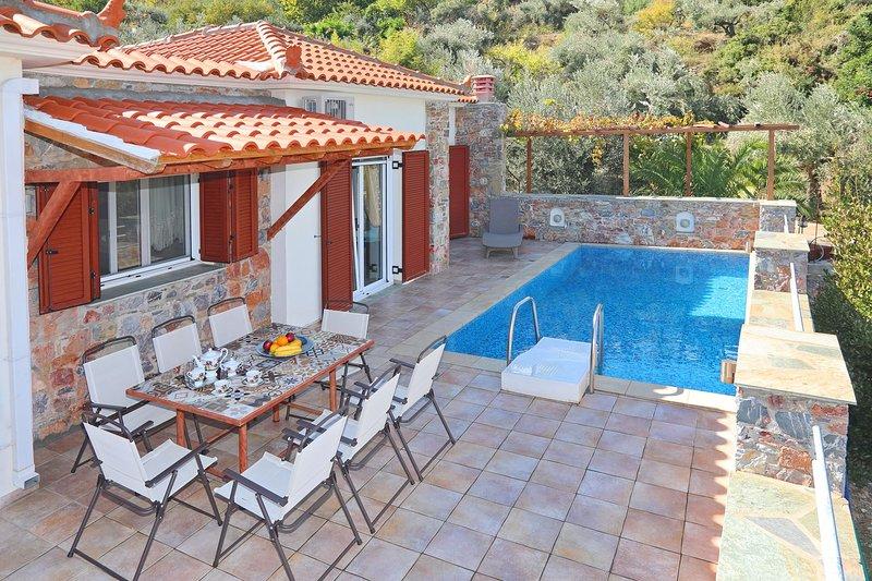 Pablo 'S Resort, holiday rental in Stafylos