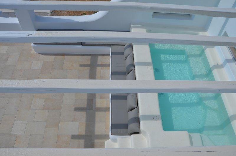 L'area aperta veranda salotto con 35m2, Superior-Jacuzzi (3,0m x 1,7m) per la grande momento di relax