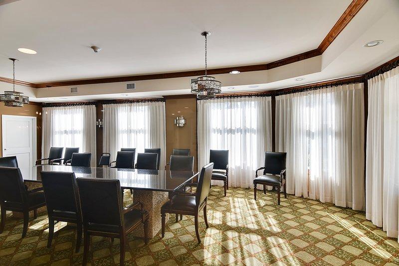 Grand Panama 1808-Business Center