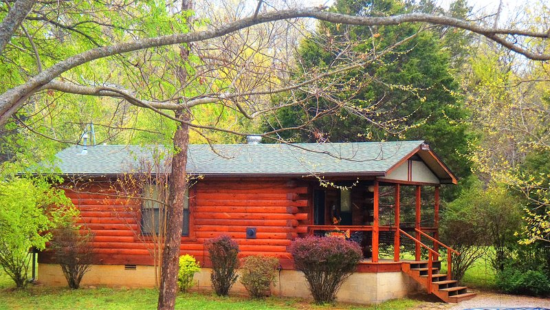 Redbud - Parker's Hideawy on The River, vacation rental in Eagle Rock