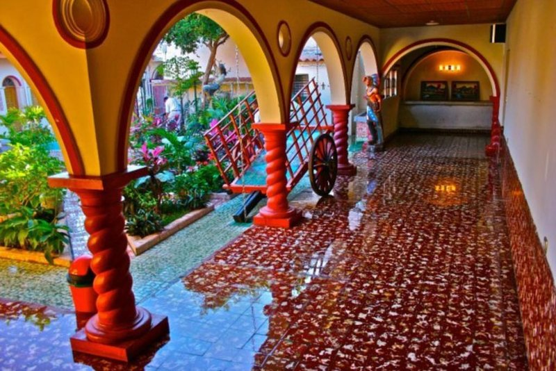 Hostal Las Flores Room 8, holiday rental in Ahuachapan Department