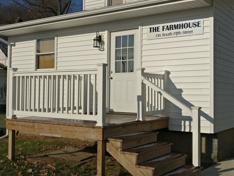 The Farmhouse on South Fifth Street, alquiler de vacaciones en McConnelsville