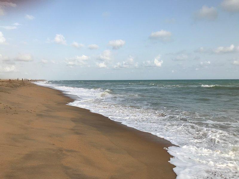 250m playa de Fidjrossè de la residencia