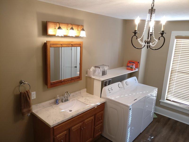 Al piano superiore bagno / lavanderia